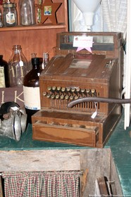 antique-cash-register-at-the-curly-willow.jpg