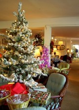 flocked-christmas-trees-tabletop-trees.jpg