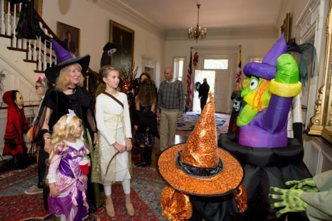 halloween-party-for-families