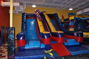 pump-it-up-inflatible-slides.jpg