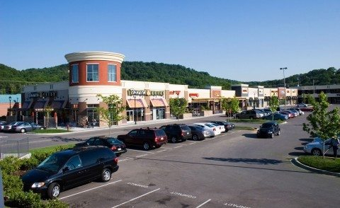 the-shoppes-at-brentwood-hills