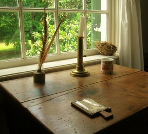 travellers-rest-writing-desk.jpg