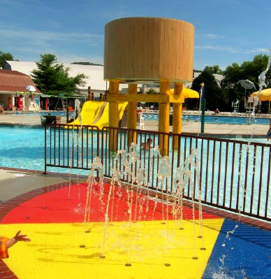 Summer Fun In The New Maryland Farms Ymca Pool Brentwood Tn The Brentwood Tn Guide